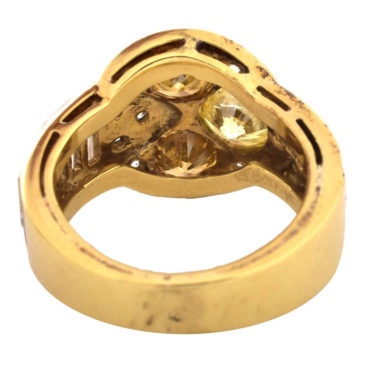 Moba 3.22ct TW Diamond and 18K Gold Ring