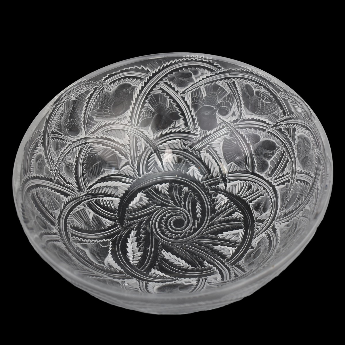 "Lalique ""Pinson"" Clear Crystal Bowl. Birds and lea"