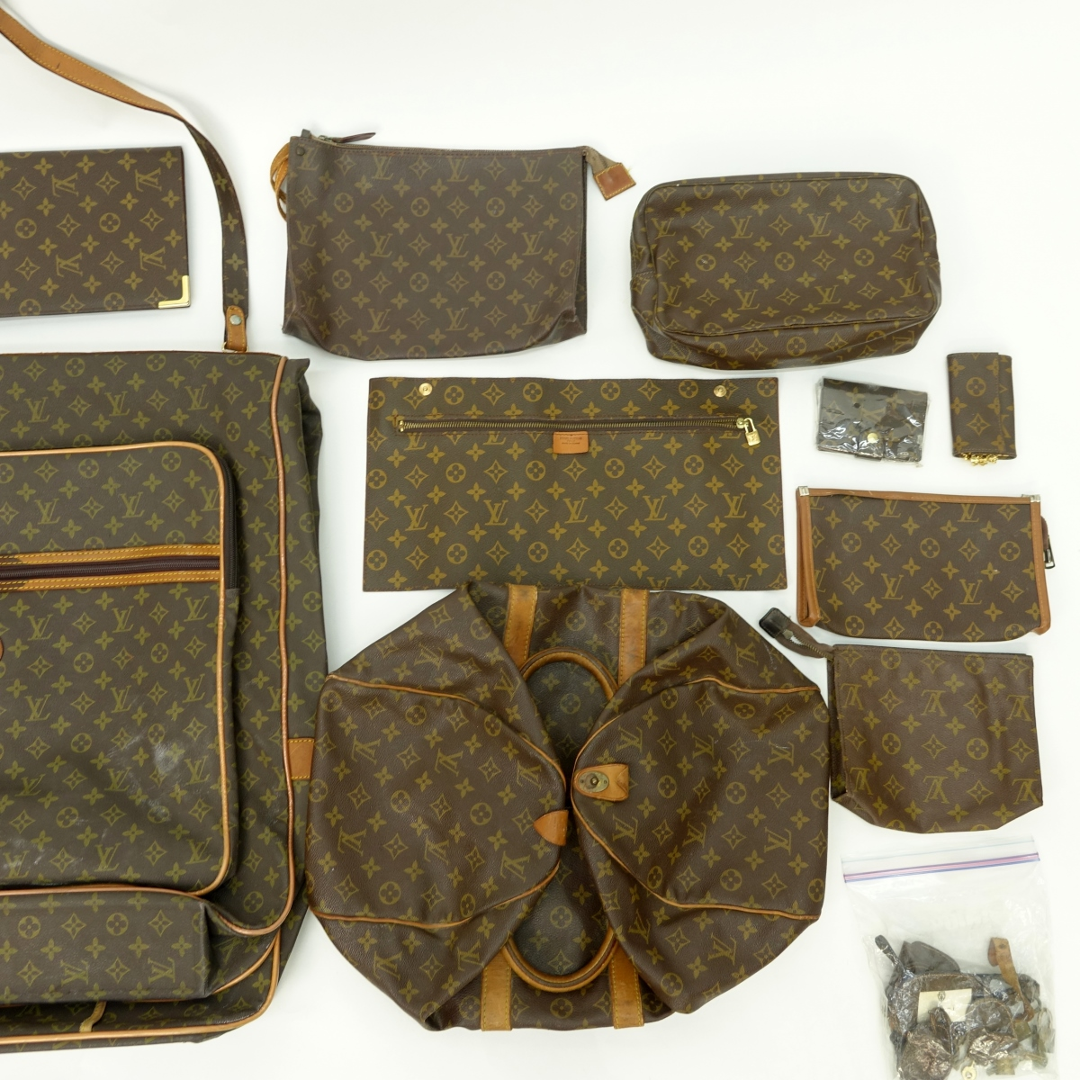Louis Vuitton Lot