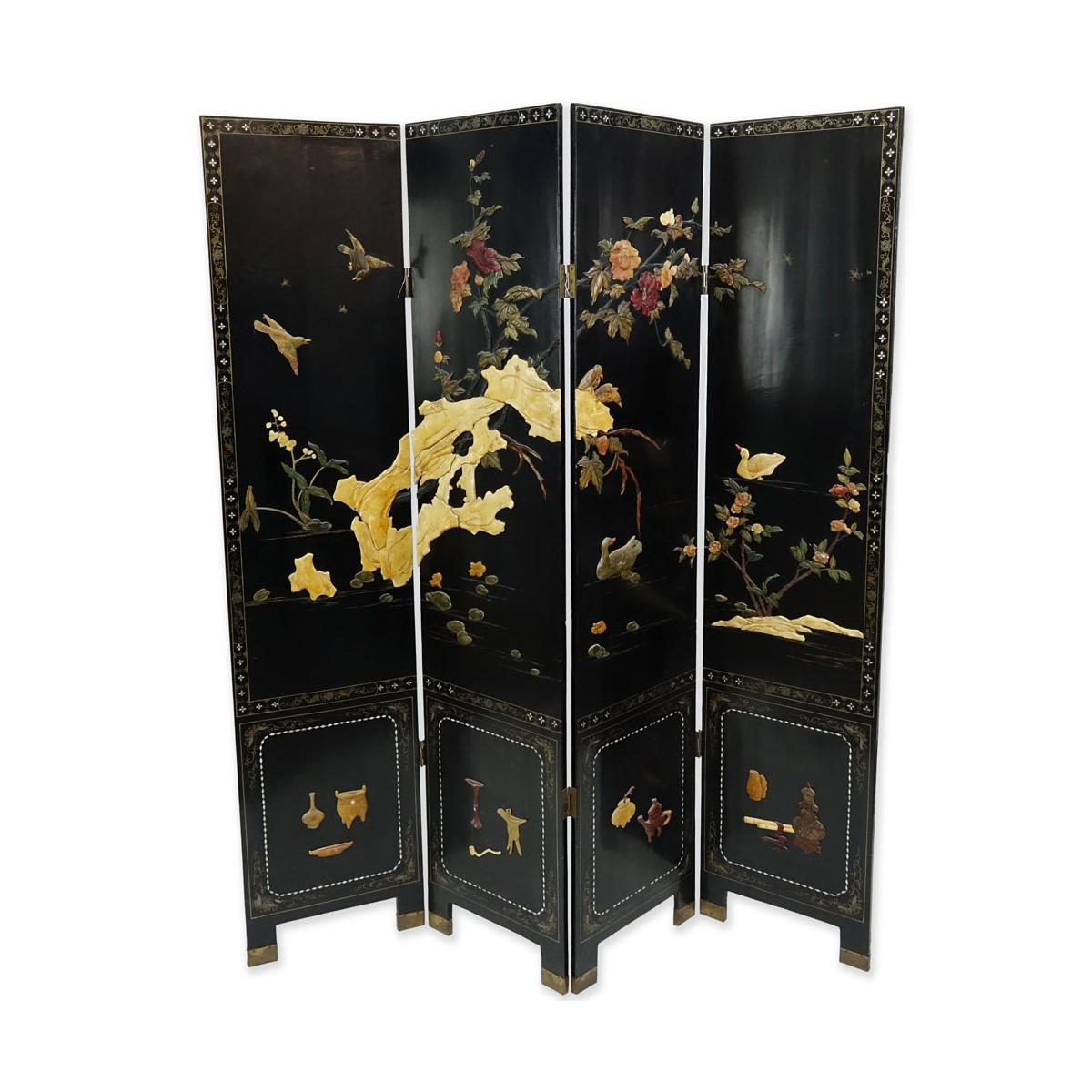 Vintage Mid-Century Chinese Four-Paneled Screen. Enamels, inlaid