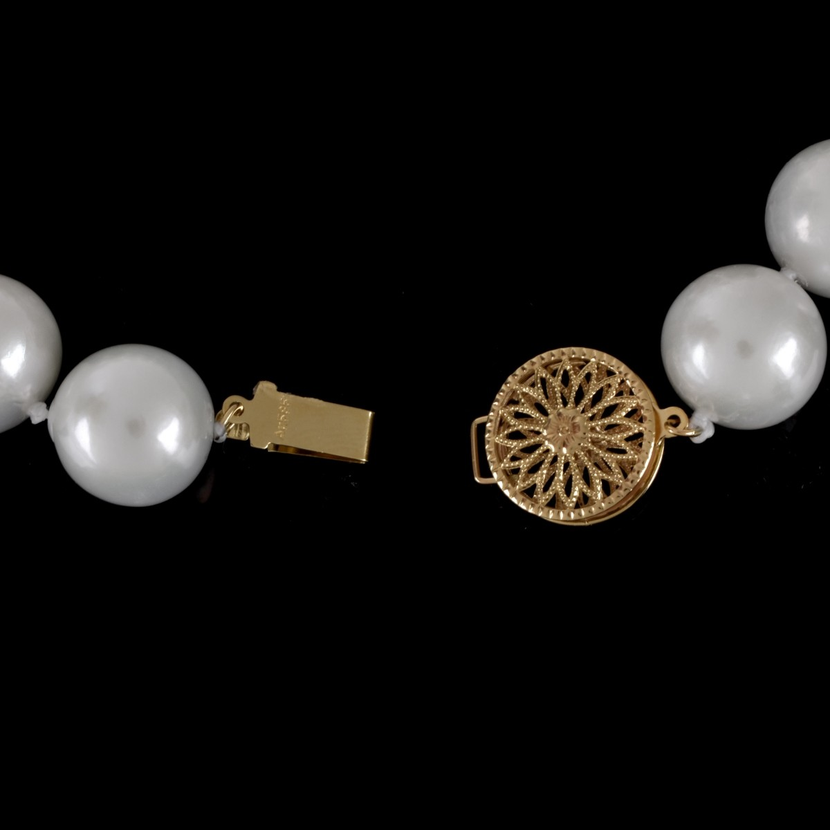 South Sea Pearl Necklace and Bracelet