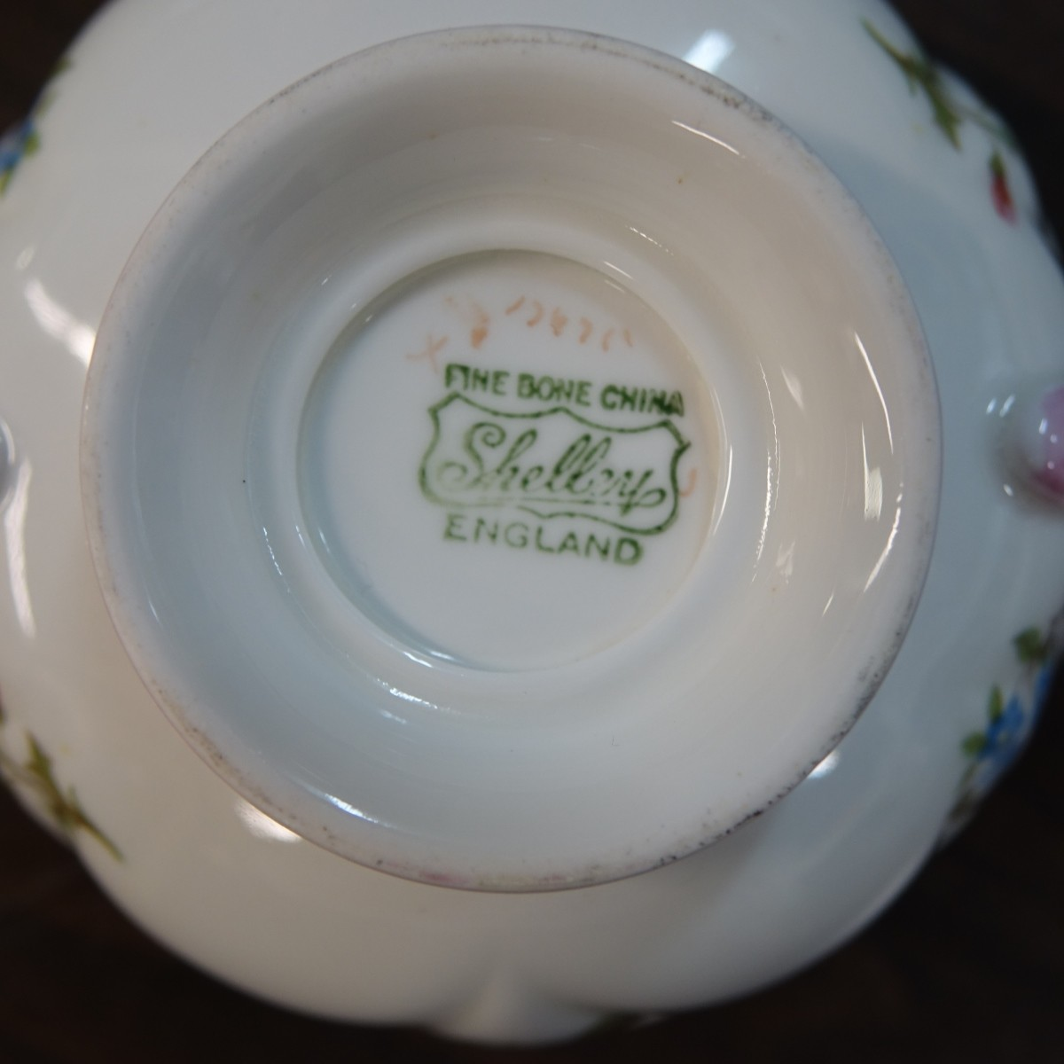 "Shelley ""Rose and Red Daisy"" Dinner Set"