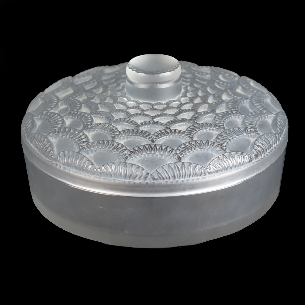 "Rene Lalique ""Festons"" Covered Box"