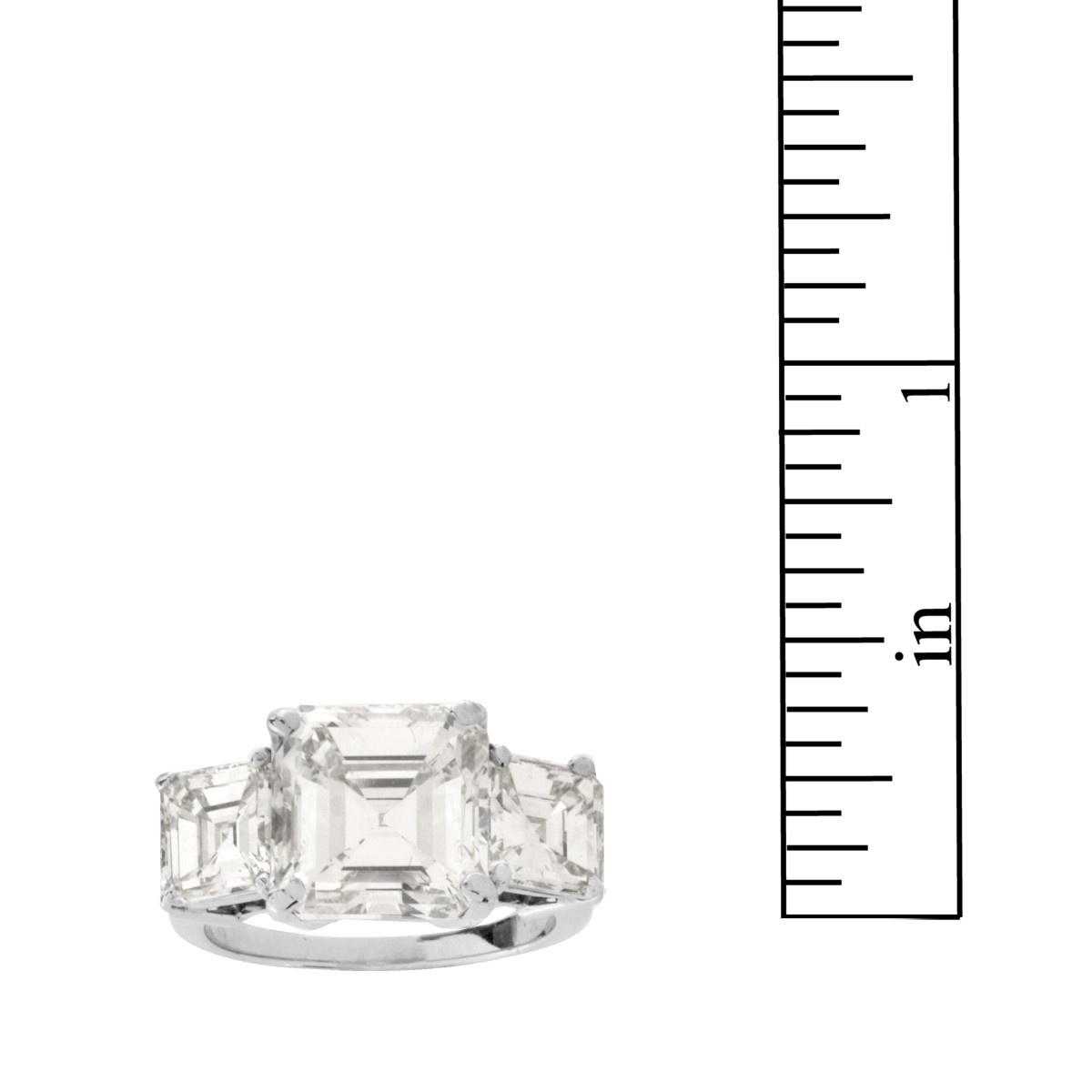 HRD 7.51ct Diamond and Platinum Ring