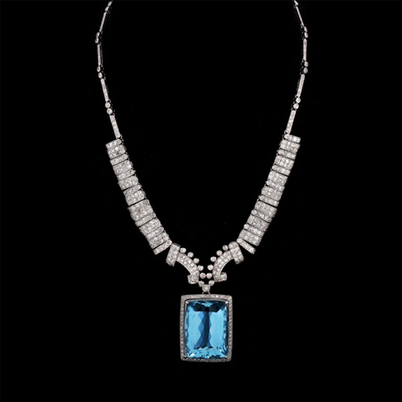 Art Deco Approx. Diamond and Platinum Pendant Necklace